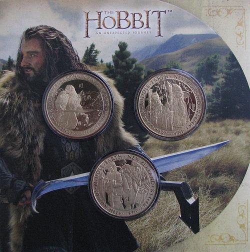 2012_3x1_dollar_Hobbit_sada_Al_Zn_Br_blistr_1