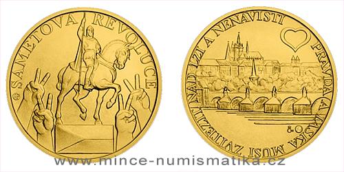 Zlatá medaile Sametová revoluce s knihou