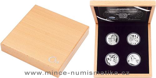 Sada čtyř stříbrných mincí Katedrála Notre-Dame v Paříži